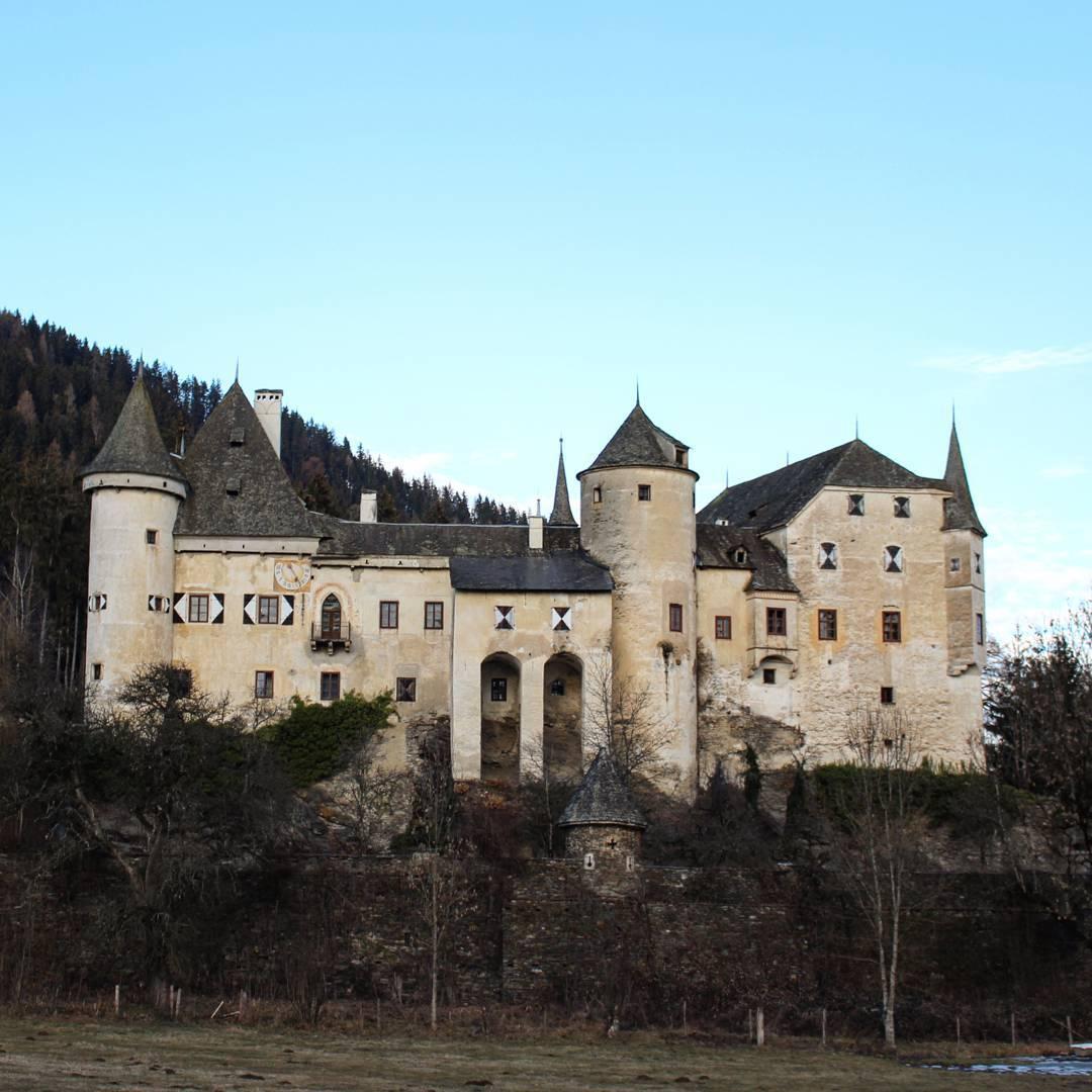 Das spätgotische Schloss Frauenstein