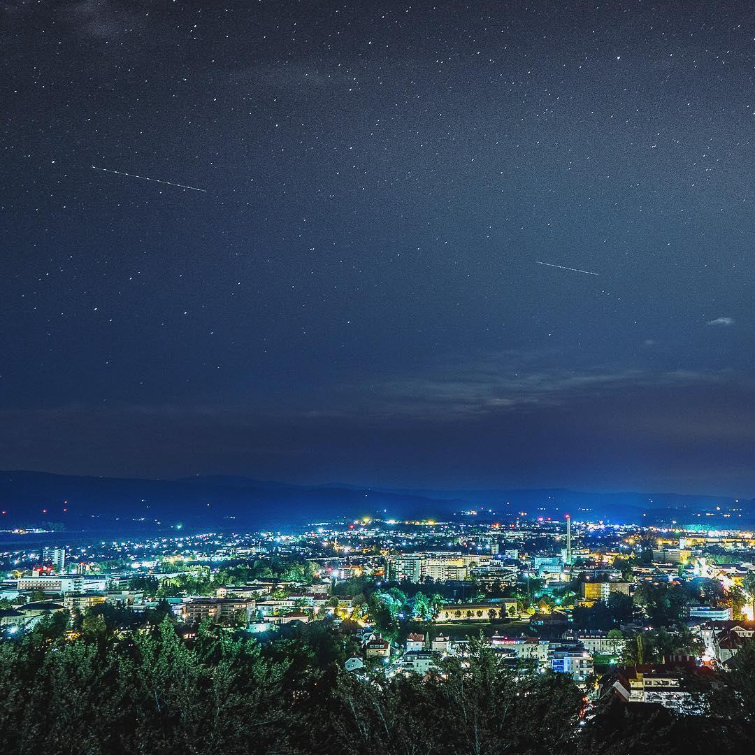 Nachthimmel in Klagenfurt