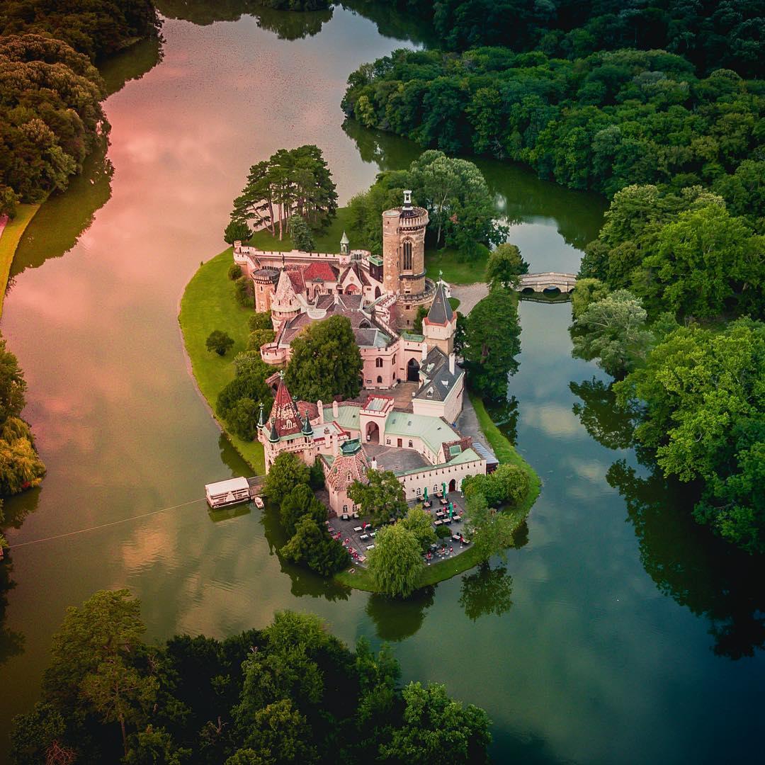 Luftblick über den Schlosspark