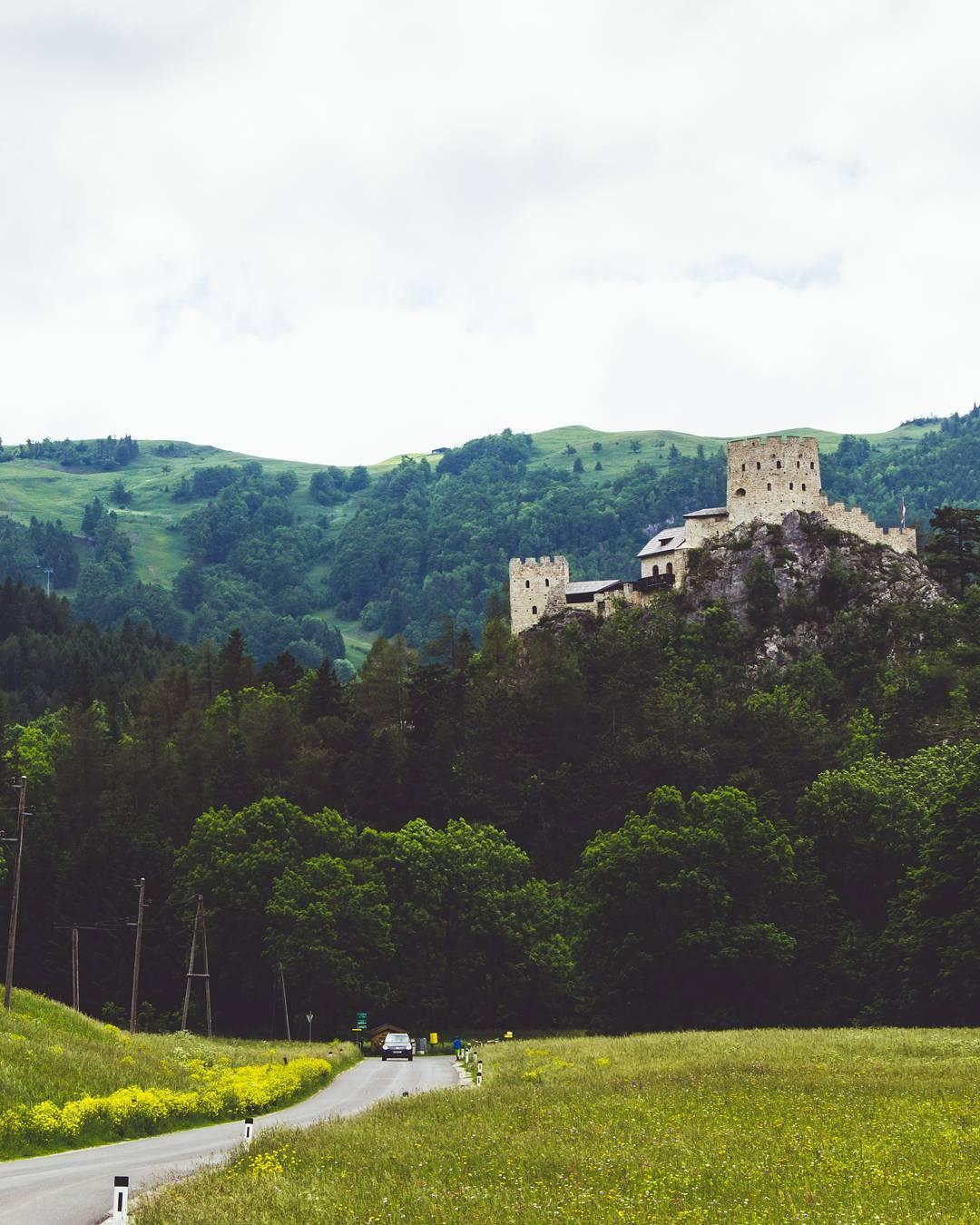 Разрушение замка Лосенхайм