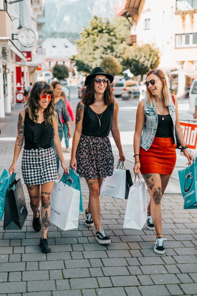 Spaß und Freude auf der Einkaufsmeile von Wörgl