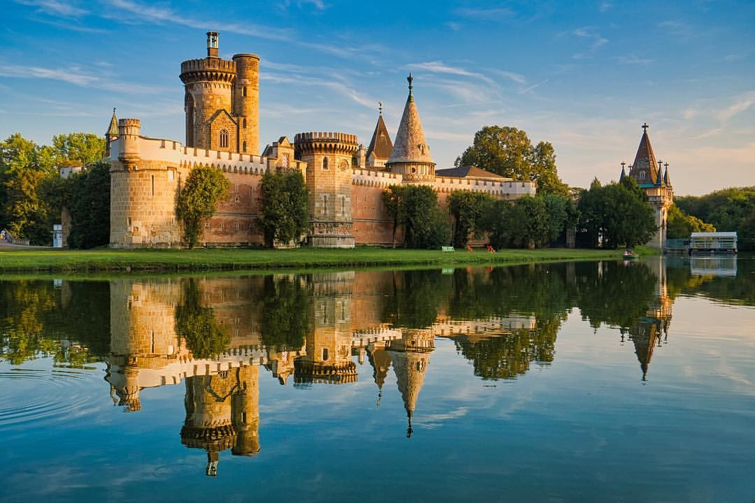 Laxenburg castle, reflection in the water