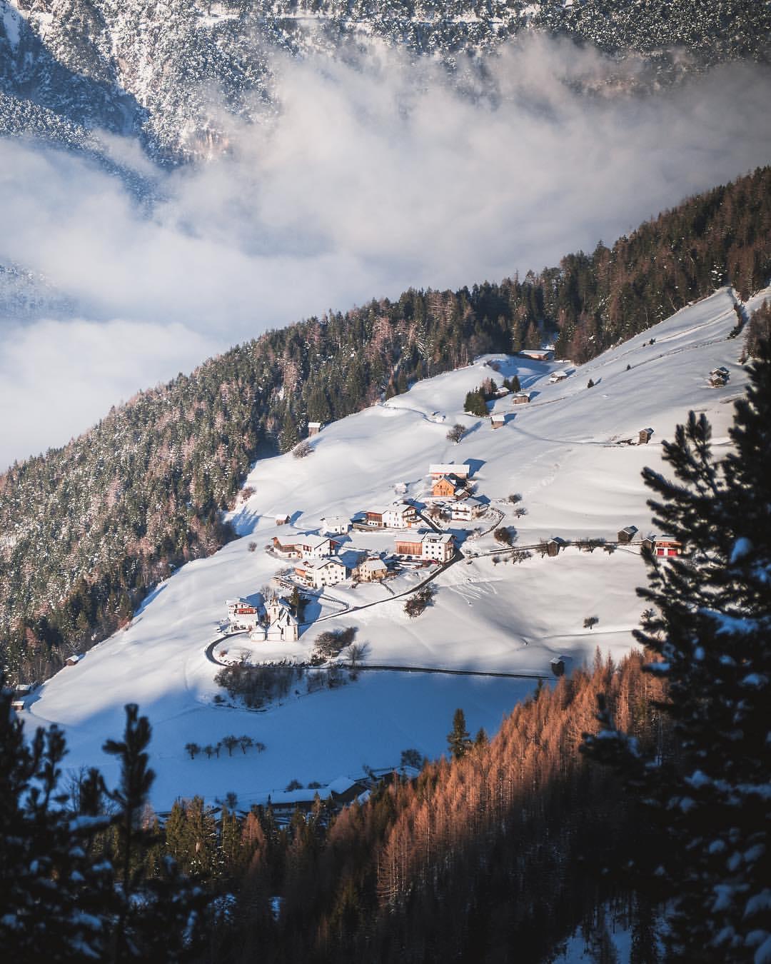 Das Dorf Falterschein in der Gemeinde Schönwies