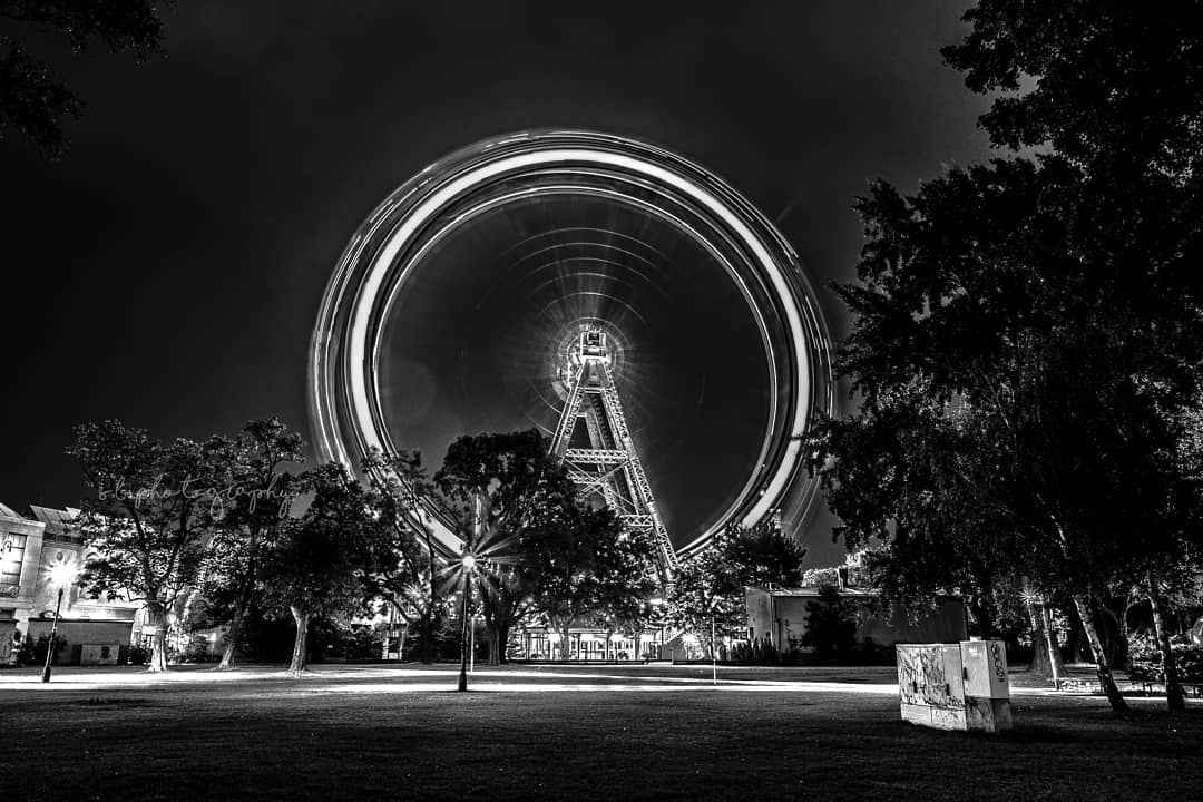 The famous big wheel in the Prater at night