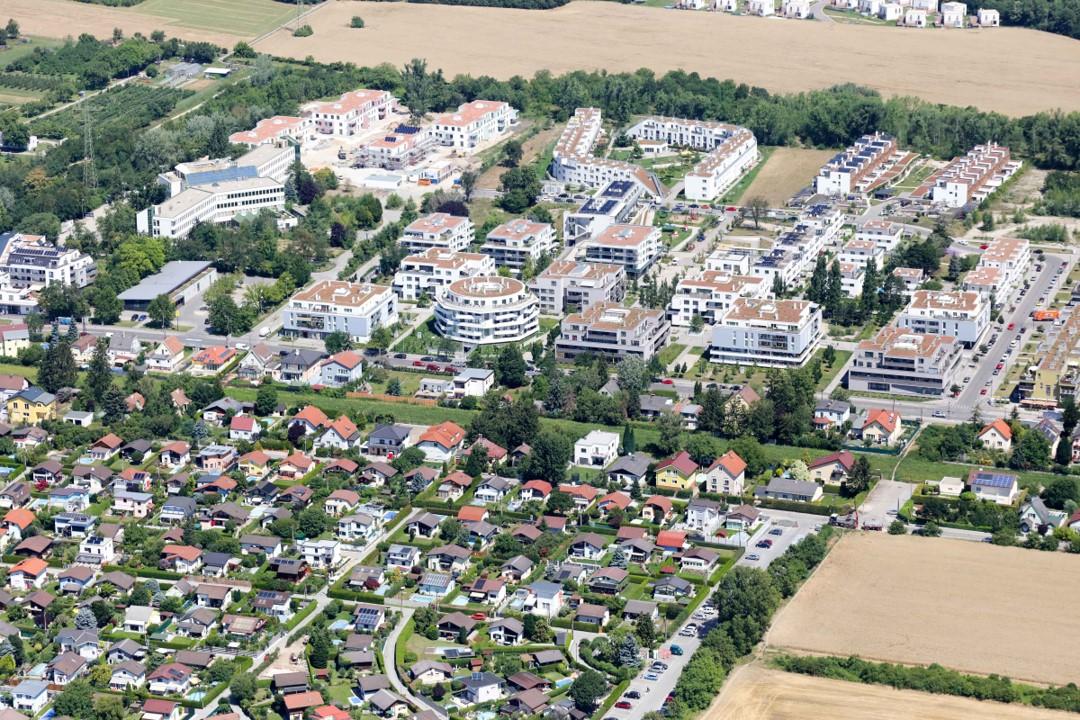 Luftbildaufnahme der Gegend um die Gerasdorfer Straße