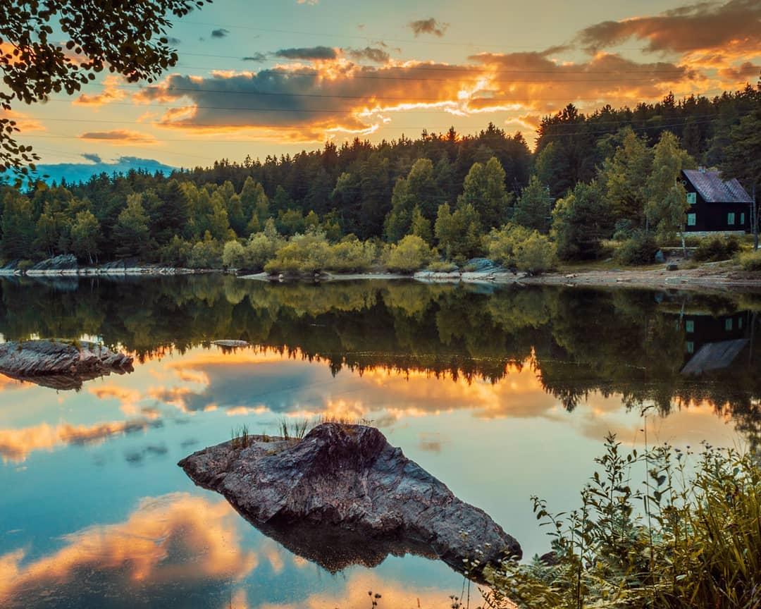 Idyllische Bucht am Forstsee